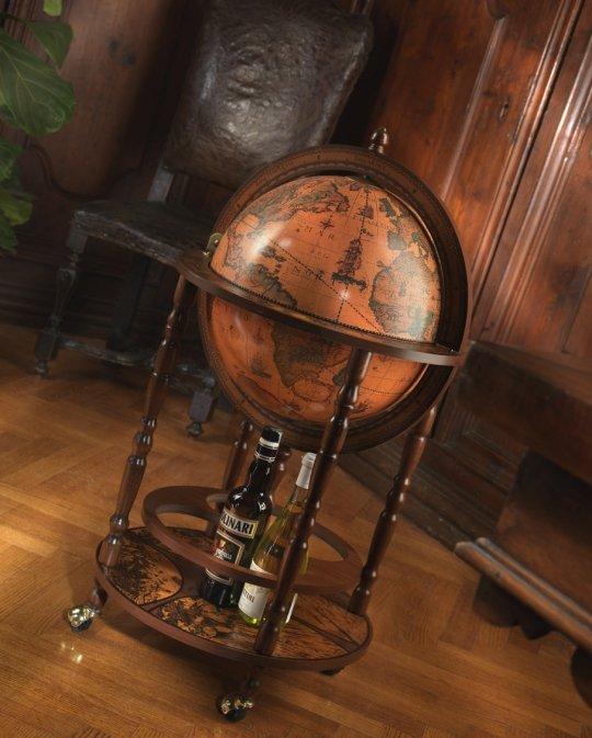 Mobile Minerva floor globe drinks cabinet - studio photo closed, classic color